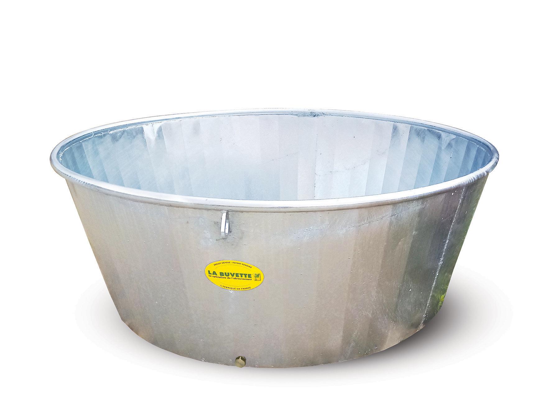 Galvanised water trough 600 L